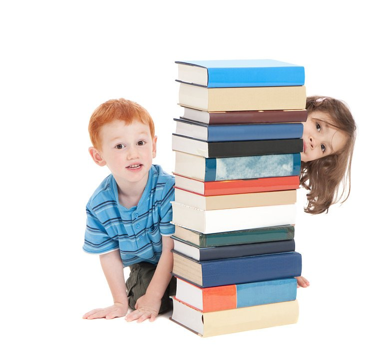 2 kids and books