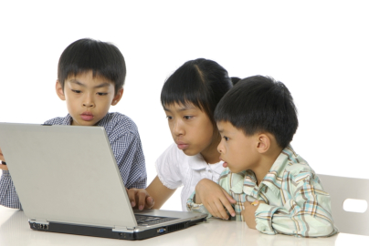 The Positive Effects of Modern Technology on the Learning Habits of Children at Home